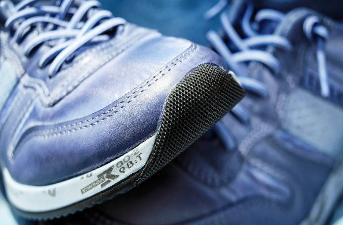 Running Shoes 8 Mistakes Runners Make When Ing Them